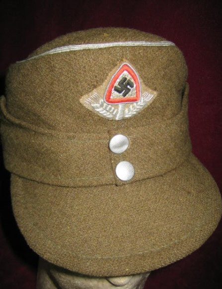 German Militaria Headgear